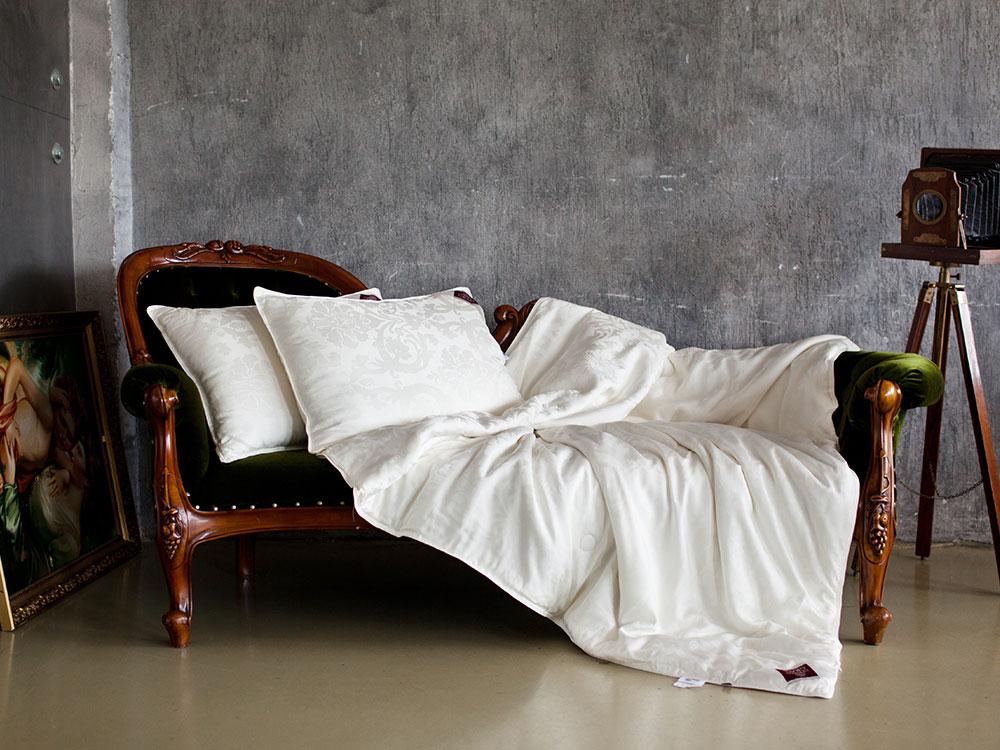 Натуральное шелковое одеяло